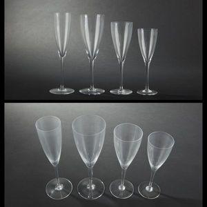 Expertissim - baccarat. service de verres modèle dom pérignon - Servicio De Vasos