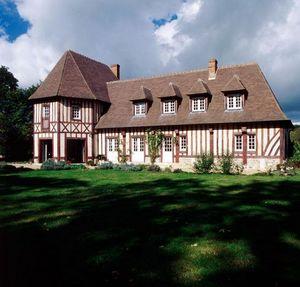 VOLKAERT  Constructions à Deauville -  -