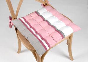 Amadeus - galette futon rose en coton 38.5x38.5x4cm - Cojín De Silla