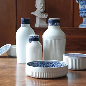 ROYAL DELFT -  - Botella