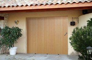 C2r menuiserie -  - Puerta De Garaje Deslizante