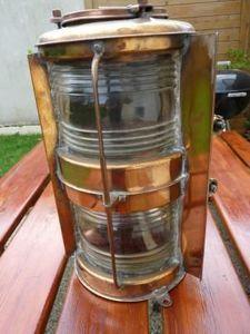La Timonerie Antiquités marine - grand lanterne double lentille de fresnel - Fanal