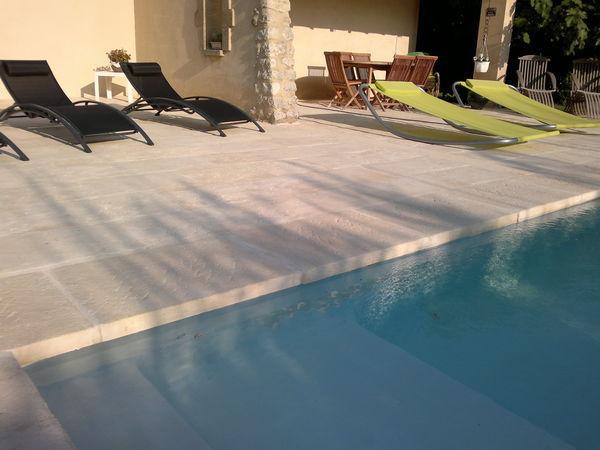 Rouviere Collection - Borde perimetral de piscina-Rouviere Collection-margelle massive