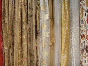 PASSION HOMES BY SARLA ANTIQUES - net embroidered curtains - Tendina Finestra