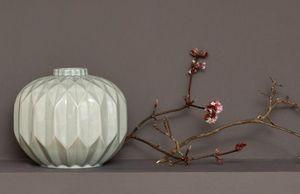 Kelly Hoppen -  - Vaso A Stelo