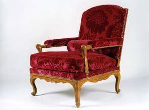 Didier Aaron (New York) - grand fauteuil à assise basse garni à carreau - Poltroncina