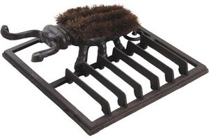 Aubry-Gaspard - gratte pied fonte avec brosse - Spazzolascarpe