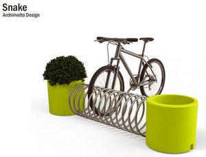 Delight - snake - Parcheggio Biciclette