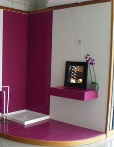 SILESTONE et ECO BY COSENTINO - dallage magenta energy - Bagno
