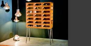 Mcdonagh Furniture - shop unit - Scaffale Lavorato
