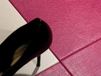 Christophe Fey Concept - parquet gaine de cuir pour transformer votre inter - Rivestimento Quadrato In Cuoio